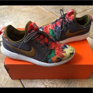 Nike Roshe ID